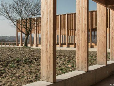 1-Ecuries-de-la-Roche-by-fg-Faye-Grandvaux-Architectes-fg-Faye-Grandvaux-Architectes-1024x683