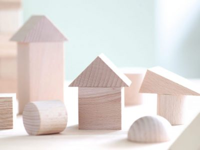 Wooden building blocks, cubes, building blocks, cubes, squares, wooden toys, blocks, children, education, intellectual education, building blocks, ideas, tsumugi, learning, thinking, etc.